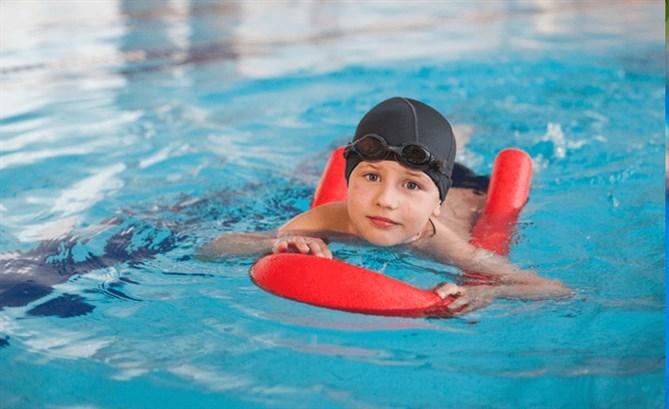 تعلّم تقنيّة السباحة