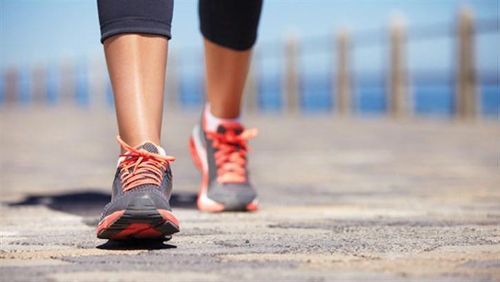 ممارسة رياضة المشي يومياً