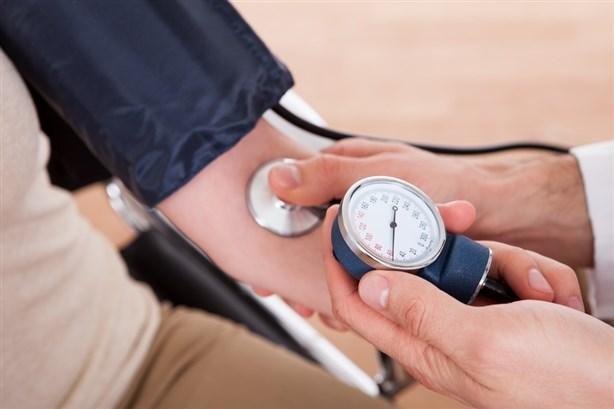 ضبط ضغط الدم