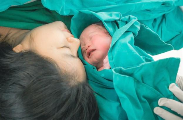 آلام الولادة الطبيعيّة