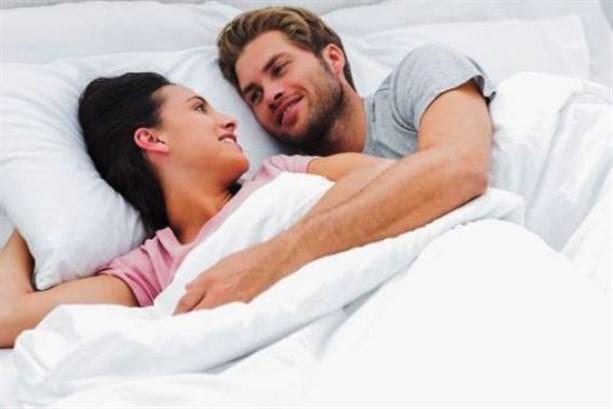 الاستلقاء على الظهر مهمّ بعد العلاقة الزوجيّة
