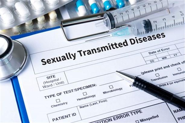 نقل الأمراض الجنسيّة
