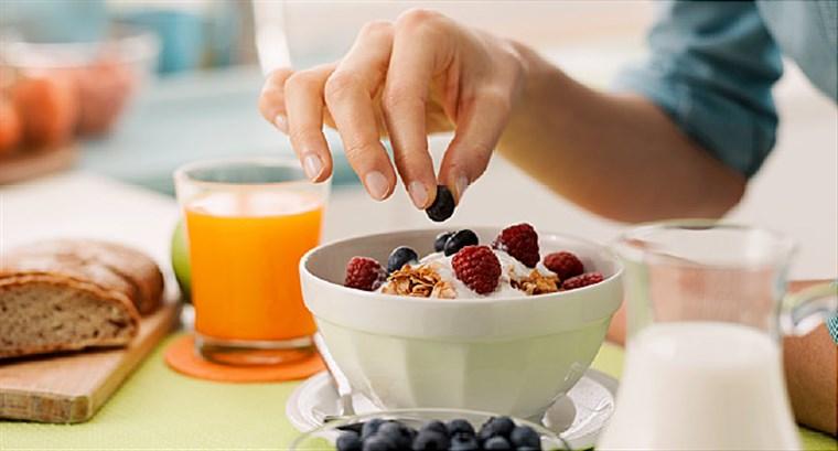 تناول الفطور