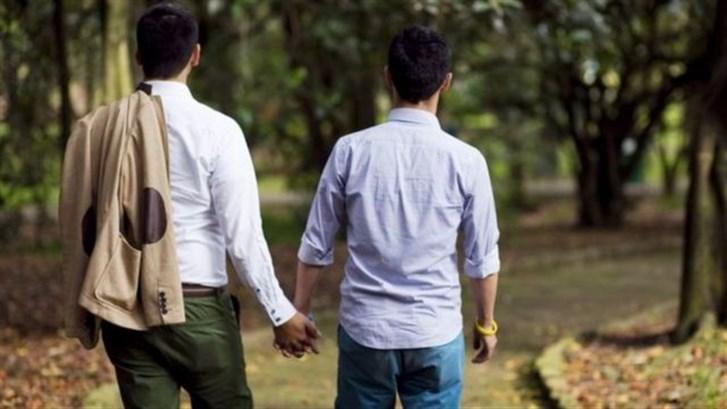 الإيدز مرض المثليين فقط