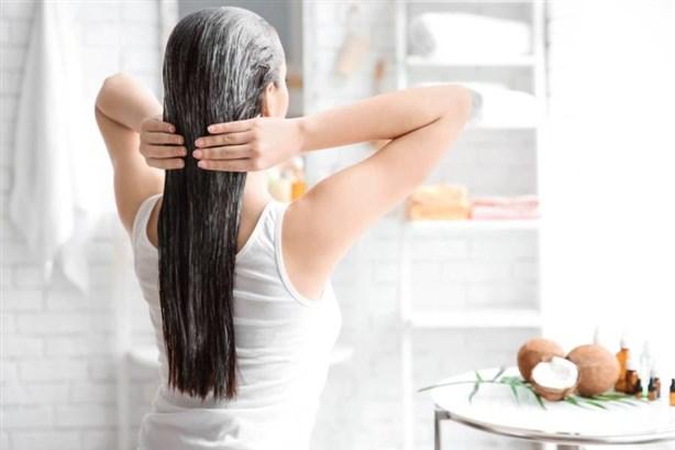 استخدام كمية كبيرة من زيت الشعر