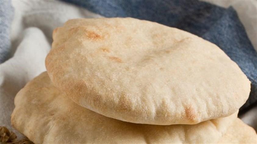 الخبز الابيض