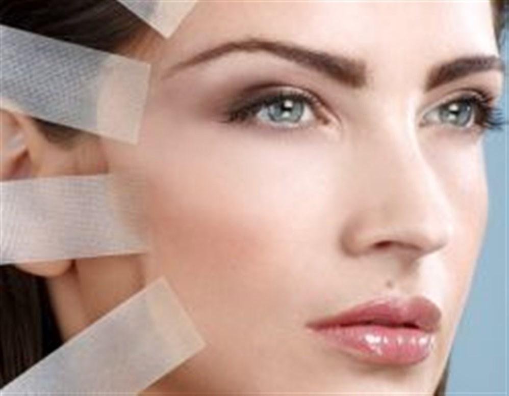 f3ffaf6bb تهدف عملية شد الوجه إلى تحسين مظهر الوجنتين ومنطقة الفك والرقبة، حيث يتم في  هذه العملية رفع وشدّ الجلد والنسيج الواقع تحته في هذه المناطق، ثم يجري  استئصال ...