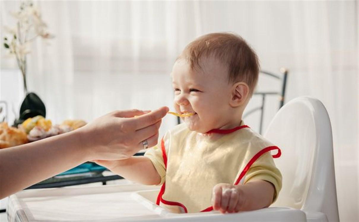 غذاء الطفل