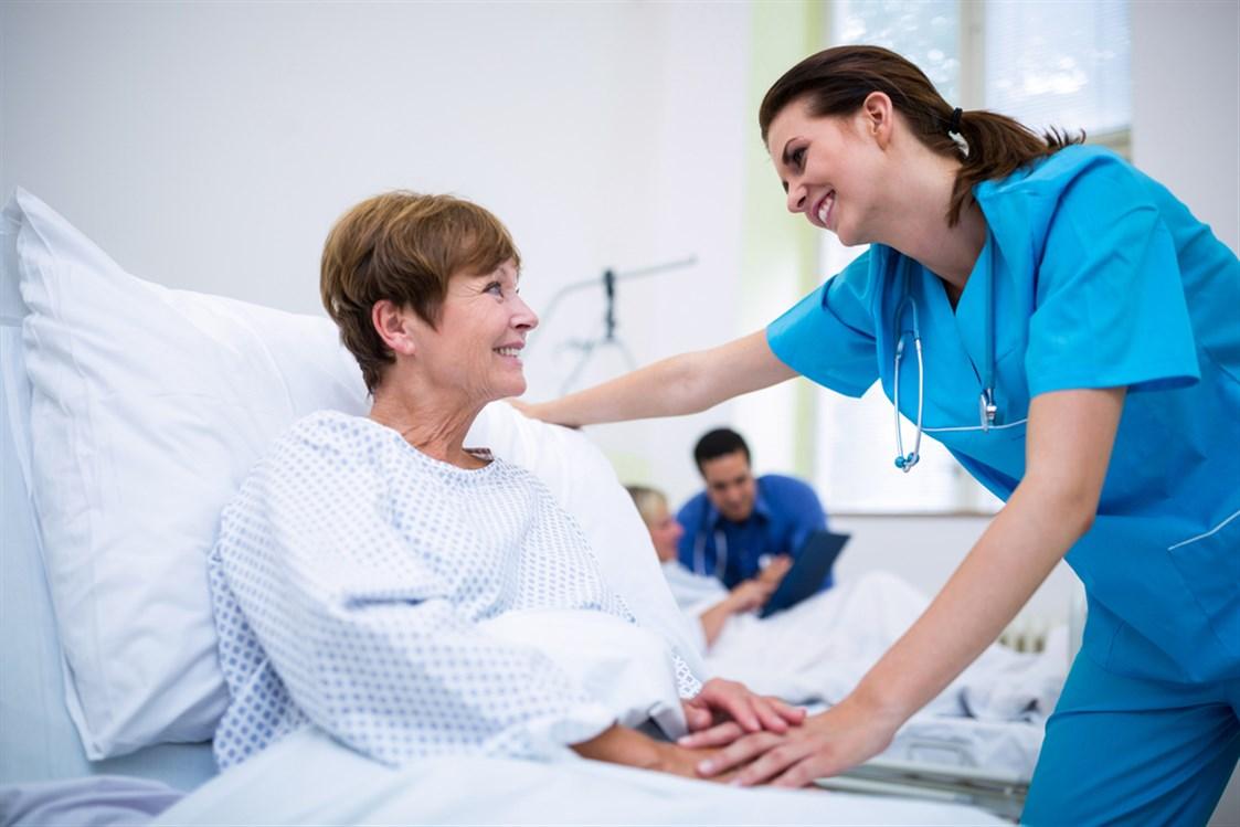 العلاقة بين المريض والممرض