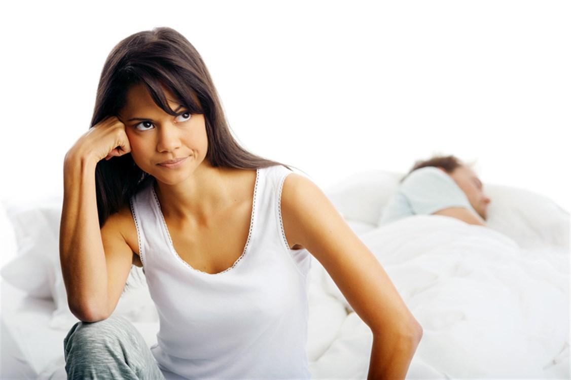 32357e7746c38 يمكن لبعض النساء أن تشكين من قصر العضو الذكري عند أزواجهن، إذ لا يصلن الى  اللذّة التي يرغبن لها ولا يكتفين من الناحية الجنسية. لكن في المقابل هناك  أيضاً ...