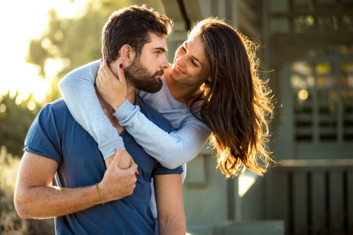 3cf11d5789ca2 للعلاقة الحميمة بين الزوجين أهمية كبيرة في نجاح واستمرارية الزواج إلّا ان  هناك بعض العوامل المؤثرة على نوعية هذه العلاقة قد لا يدركها الزوج.