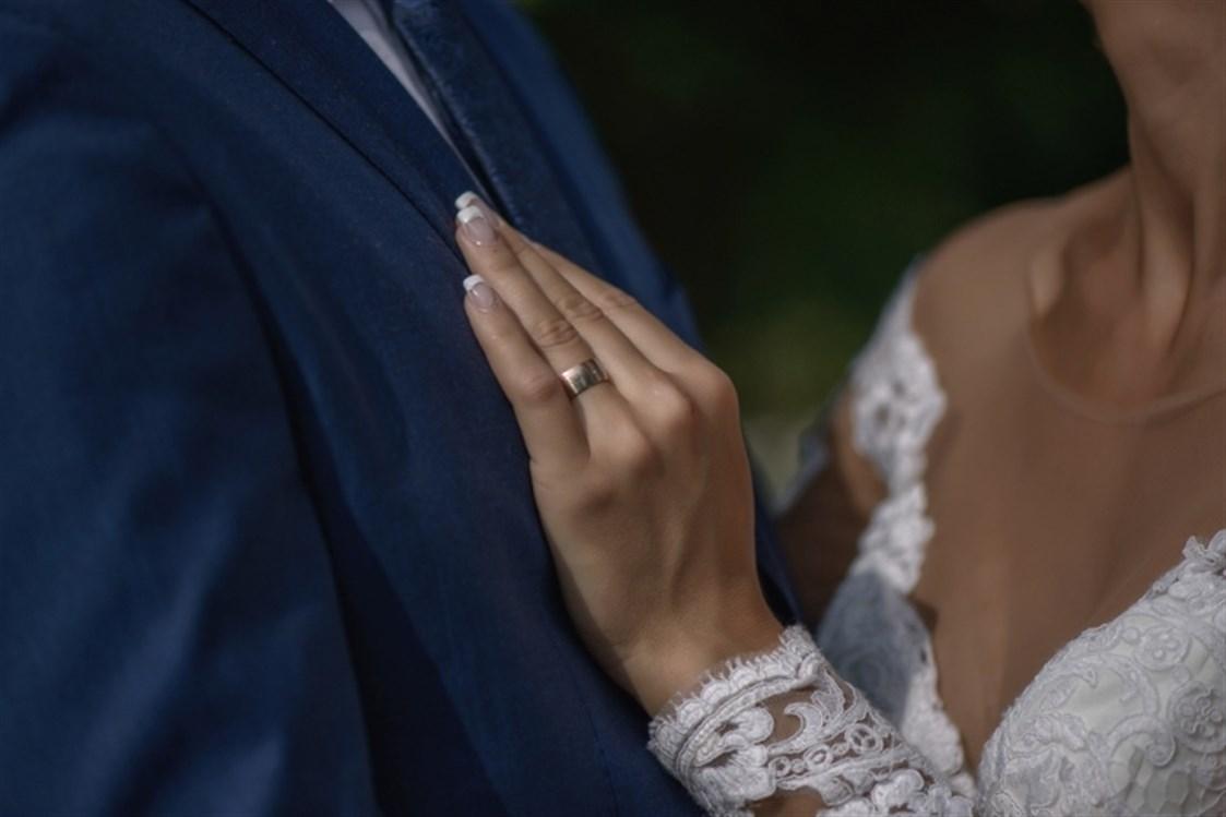 6a4b83f87 الزواج هو مرحلة مهمة من الحياة، حيث أن كلّ شخص منا يبحث عن الشريك المناسب  الذي يكون بمثابة الجزء الآخر له، ما يساعده على تمضية حياته بسعادة وسهولة  لتكوين ...