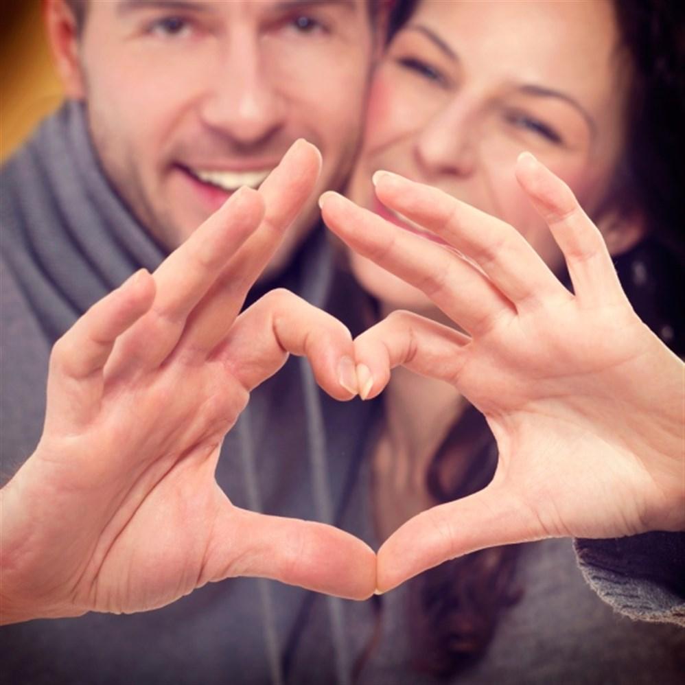 53e6144a8 العلاقة الحميمة هي الرابط الأساسي والطبيعي الذي يجمع الشريكين في العلاقة  الزوجية، إلا أن إتمام هذا الإتصال الحميم بين الطرفين يتطلب الكثير من مشاعر  الحب ...